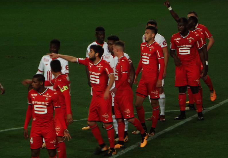 Rennes: le président et l'entraîneur limogés