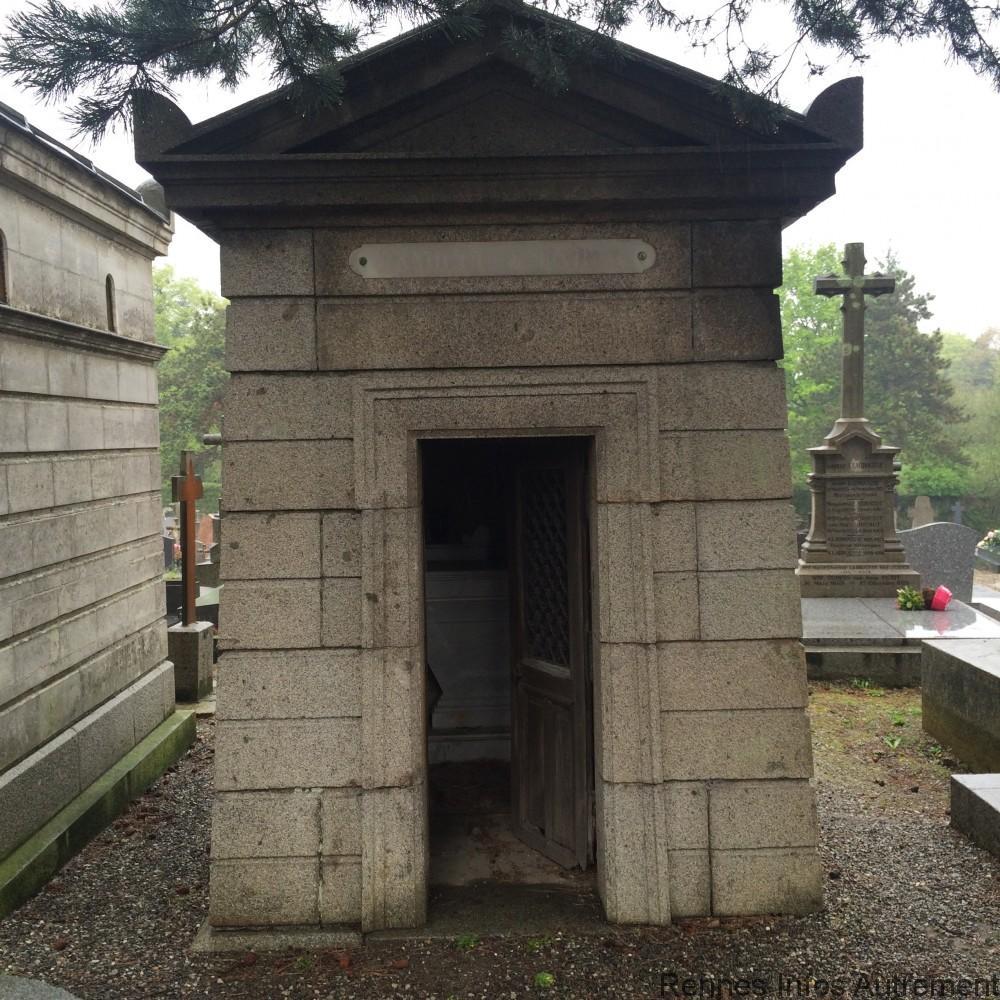 Une chapelle laissée à l'abandon.